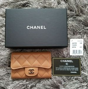 CHANEL Handbags - ✨SALE✨Authentic RARE CHANEL Card Holder in Camel
