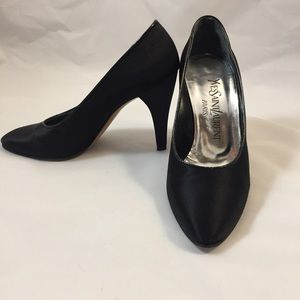 Yves Saint Laurent Shoes - Yves Saint Laurent Classic Black Heels Size 6M