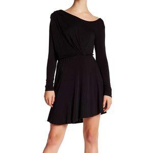 NYTT Dresses & Skirts - Scoop black long sleeve dress