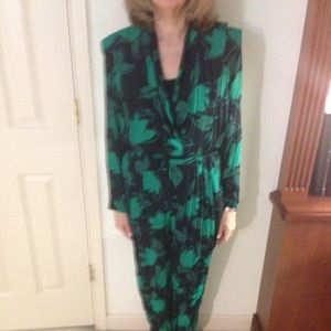 Saks Fifth Avenue Black Label Other - Extra pictures of green and black jump suit