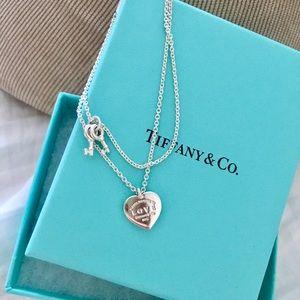 Tiffany & Co. Jewelry - RETURN TO TIFFANY® LOVE HEART TAG KEY BRACELET ✨✨