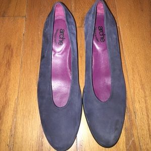 Arche Shoes - Arche heels in navy blue - comfortable with style