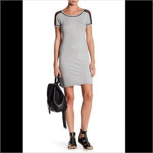 bobeau Dresses & Skirts - Bobeau Mesh Shoulder Dress in Size Medium