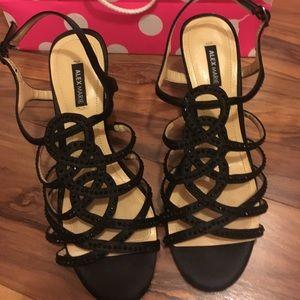 Alex Marie Shoes - Black Pretty dressy heels size 6