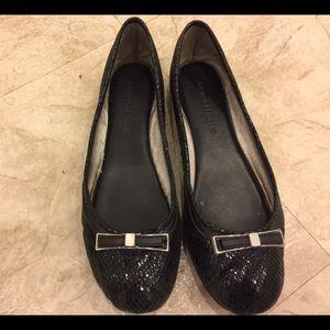 Banana Republic play shoes. Size 7.