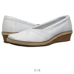Grasshoppers Shoes - Grasshoppers Slip-on Wedge 91\2