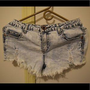 Cotton On Pants - Cotton on denim washed shorts