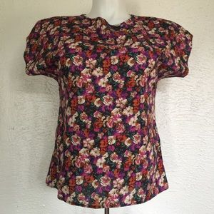 VTG 90's floral tee riot girl gothic poppies S