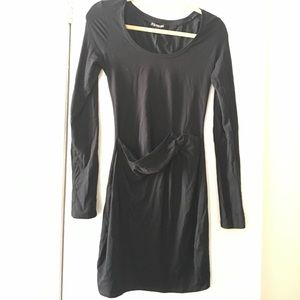 Body con long sleeve dress