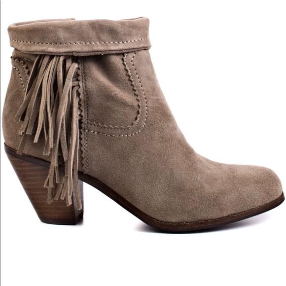fdc9fcf04 Sam Edelman Fringe Louie Ankle Boot Grey 9. M 599456e4291a3542051ecd9b