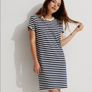 LOFT Dresses & Skirts - Lou and Grey Striped T Shirt Dress in Indigo/White
