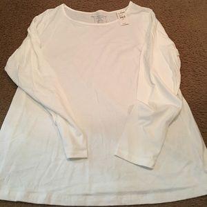 Long sleeves plain white t-shirt