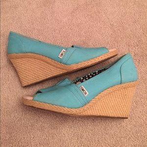 TOMS Shoes - Blue toms wedges size 9
