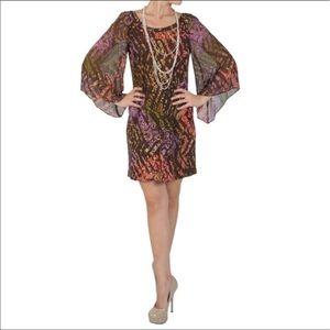 sangria Dresses & Skirts - Sangria Scoop Neck Bell Sleeve Mod Dress