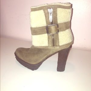 Rubber and Sheepskin Heeled boot
