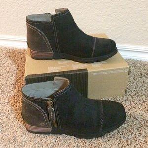Sorel Major Low women's black suede boots NIB