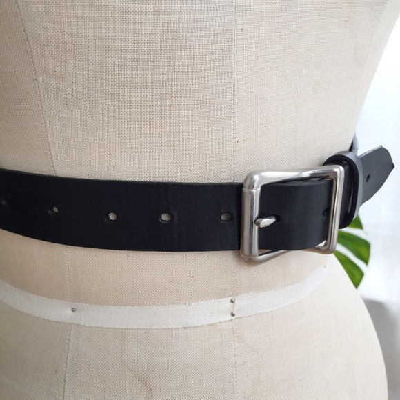 zana bayne Accessories - ZANA BAYNE LEATHER HARNESS SIZE SML-MED