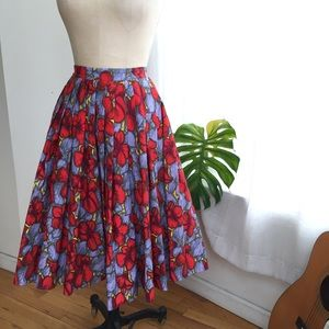 H&M colorful full Pleated Skirt Size 6/Medium