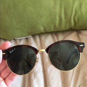 0fd5fbf54f Ray-Ban Accessories - Round Monochromatic Clubmaster® Sunglasses