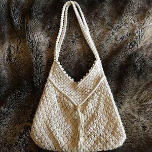 ⚪️Vintage Crochet Macrame Fringe Purse⚪️