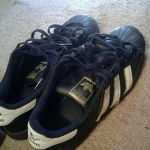 11thstreet Shoes - Superstar addidas