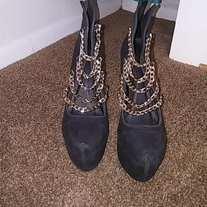 Shoe Republic LA Shoes - Shoe Republic LA Women's Gold Chain Heel's 8.5
