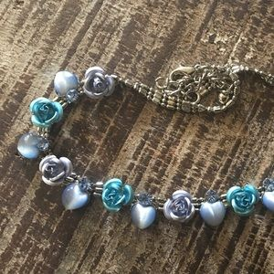 Jewelry - Heart & rose silver choker with crystal accents