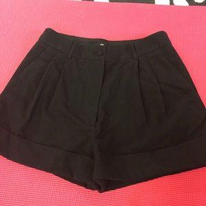 H&M Pants - ⚡️New⚡️ H&M Black Shorts