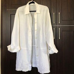 liv Tops - 100 % linen button down tunic