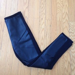 DREW Black Trendy Leggings