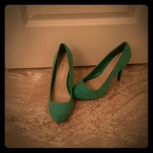JustFab Shoes - Teal pumps