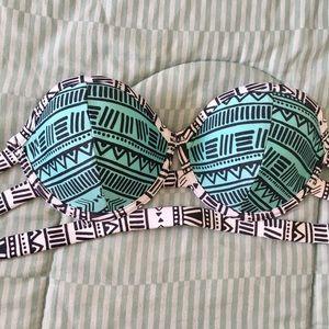 triangl swimwear Other - Bikini top with Aztec pattern