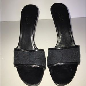 Gucci open toe Sandals size 8