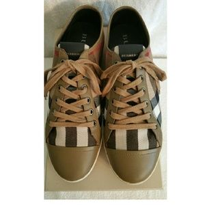 NWT Burberry House-Check Sneakers