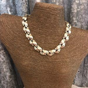 Vintage Jewelry - ♨ New Listing ♨ Vintage Lisner Gold Tone Necklace