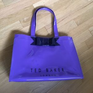 Baker by Ted Baker Handbags - Ted Baker glossy bow tote
