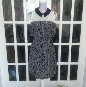Willow & Clay Dresses & Skirts - Willow & Clay Blouson Dress EUC