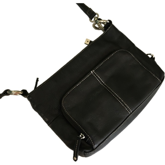 0e5f9e1a773f Tignanello black purse -zip top- 2 outside pockets.  M 58f28dce522b45094c098804