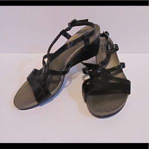 Life Stride Shoes - Life Stride Black Wedge Sandals