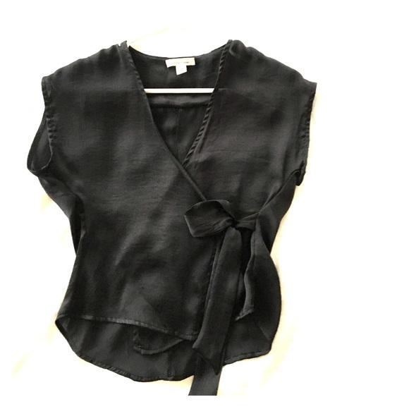 2ab085f5fce8c Silence and noise silk wrap blouse. M 58f2938b6a58304a6602061c