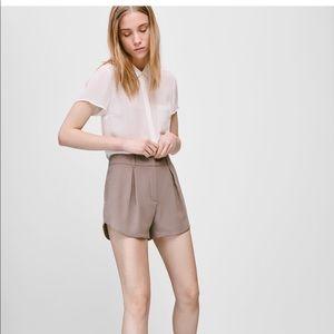 Babaton Red Summery Shorts 🌞 Aritzia brand
