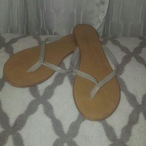 UNIONBAY Shoes - Unionbay flip flops