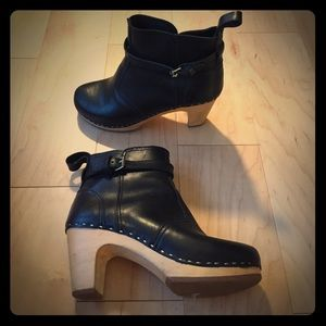 Swedish Hasbeens Shoes - Swedish Hasbeens Black Clog Boots