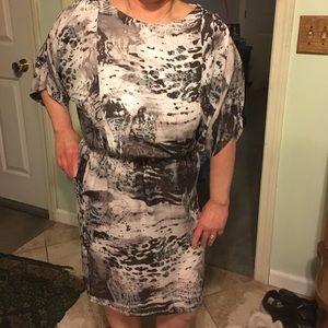 suzi chin Dresses & Skirts - Dress