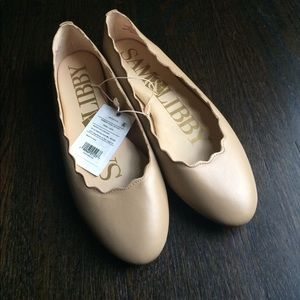 Sam & Libby Shoes - Nude scalloped flats