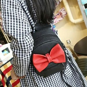 Minnie mouse backpack.