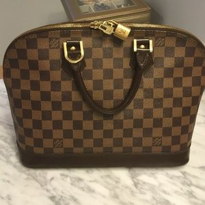 Louis Vuitton Handbags - Louis Vuitton Alma PM authentic