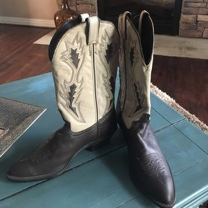 Laredo Shoes - Laredo women's cowgirl boots