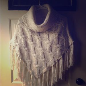 Collection XIIX Sweaters - Turtleneck poncho with fringe | One size