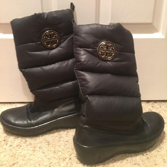 f946a806adb Tory Burch black puffer snow boots size 7 7.5. M 58f2cbd4b4188ec1a803cdac